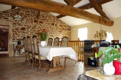 Vente maison Hurigny • <span class='offer-area-number'>184</span> m² environ • <span class='offer-rooms-number'>5</span> pièces