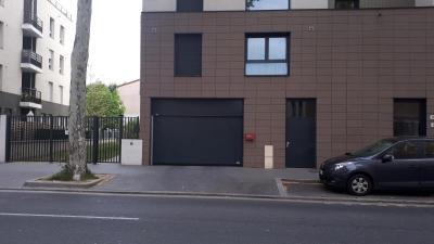 Location parking Lyon 08