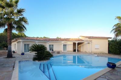 Vente villa Sari Solenzara • <span class='offer-area-number'>239</span> m² environ • <span class='offer-rooms-number'>4</span> pièces