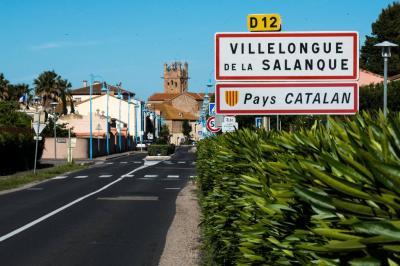 Vente terrain Villelongue de la Salanque • <span class='offer-area-number'>551</span> m² environ