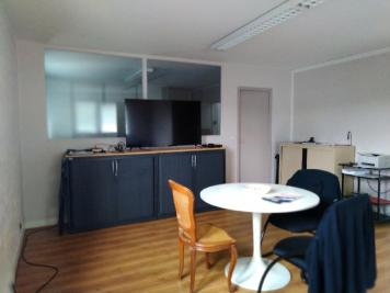 Vente immeuble Montfermeil • <span class='offer-area-number'>360</span> m² environ