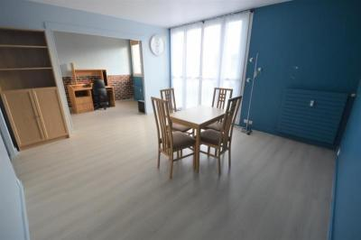 Vente appartement Fontenay le Fleury • <span class='offer-area-number'>66</span> m² environ • <span class='offer-rooms-number'>4</span> pièces