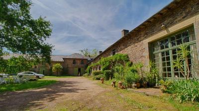 Vente maison Rennes • <span class='offer-area-number'>460</span> m² environ • <span class='offer-rooms-number'>11</span> pièces
