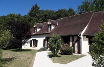 Vente maison Vouzeron • <span class='offer-area-number'>262</span> m² environ • <span class='offer-rooms-number'>6</span> pièces