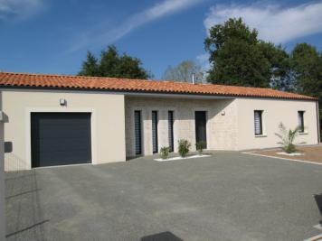 Vente maison Bressuire • <span class='offer-area-number'>108</span> m² environ • <span class='offer-rooms-number'>4</span> pièces