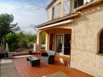 Vente villa La Roquette sur Siagne • <span class='offer-area-number'>300</span> m² environ • <span class='offer-rooms-number'>3</span> pièces