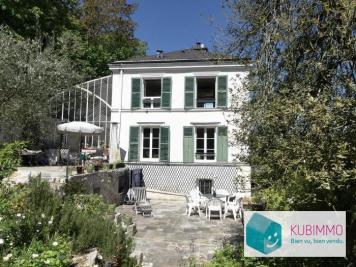Vente villa Villennes sur Seine • <span class='offer-area-number'>288</span> m² environ • <span class='offer-rooms-number'>12</span> pièces
