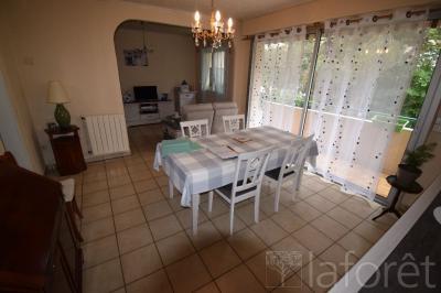 Appartement Merignac • <span class='offer-area-number'>73</span> m² environ • <span class='offer-rooms-number'>4</span> pièces