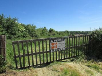 Vente terrain St Aubin en Charollais • <span class='offer-area-number'>4 378</span> m² environ