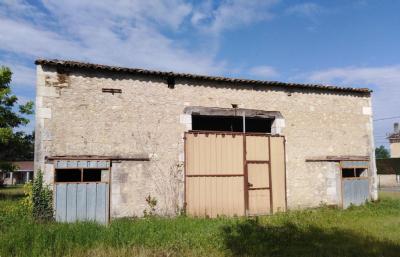 Vente maison Menesplet • <span class='offer-area-number'>400</span> m² environ • <span class='offer-rooms-number'>2</span> pièces