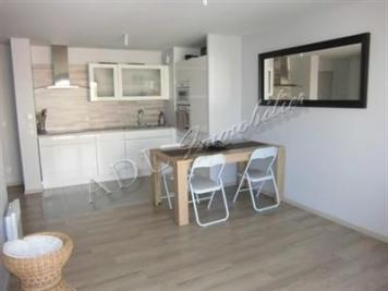 Vente appartement St Maximin • <span class='offer-area-number'>55</span> m² environ • <span class='offer-rooms-number'>3</span> pièces