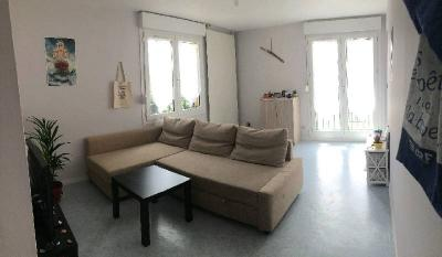 Location appartement Bayeux • <span class='offer-area-number'>41</span> m² environ • <span class='offer-rooms-number'>2</span> pièces