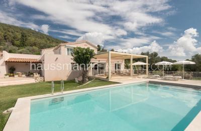 Vente villa Villefranche sur Mer • <span class='offer-area-number'>170</span> m² environ • <span class='offer-rooms-number'>5</span> pièces