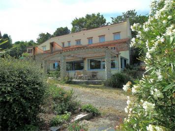 Vente maison Montferrer • <span class='offer-area-number'>360</span> m² environ • <span class='offer-rooms-number'>16</span> pièces