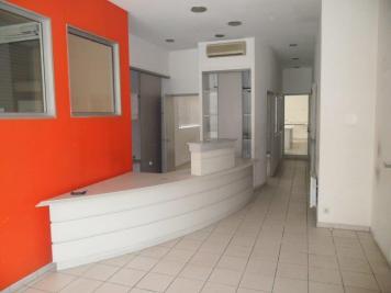 Immeuble Peyrehorade • <span class='offer-area-number'>200</span> m² environ • <span class='offer-rooms-number'>5</span> pièces