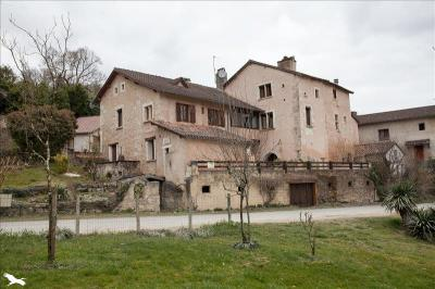 Vente maison Chancelade • <span class='offer-area-number'>160</span> m² environ • <span class='offer-rooms-number'>6</span> pièces