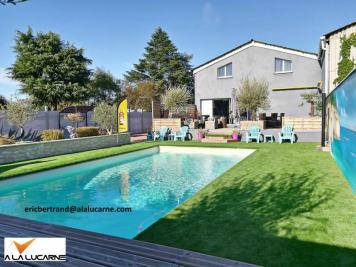 Vente maison Bourges • <span class='offer-area-number'>286</span> m² environ • <span class='offer-rooms-number'>5</span> pièces