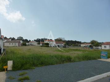 Vente terrain Longeville sur Mer • <span class='offer-area-number'>347</span> m² environ