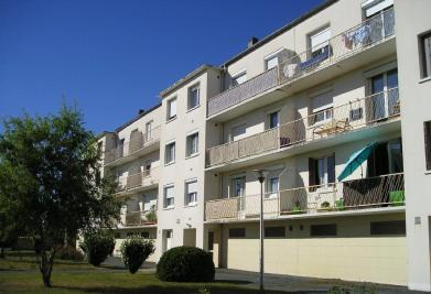 Vente appartement Rochefort • <span class='offer-area-number'>68</span> m² environ • <span class='offer-rooms-number'>3</span> pièces