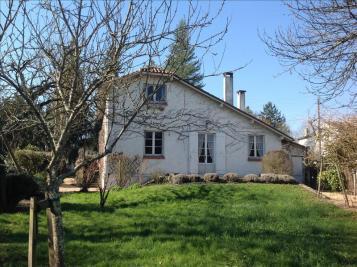 Vente maison Riberac • <span class='offer-area-number'>121</span> m² environ • <span class='offer-rooms-number'>6</span> pièces