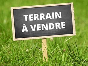 Vente terrain Espelette • <span class='offer-area-number'>740</span> m² environ