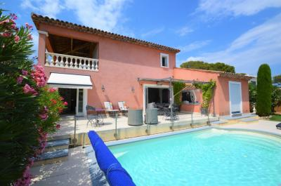 Vente maison St Raphael • <span class='offer-area-number'>121</span> m² environ • <span class='offer-rooms-number'>5</span> pièces