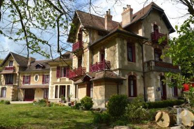 Achat château Reims • <span class='offer-area-number'>600</span> m² environ • <span class='offer-rooms-number'>12</span> pièces