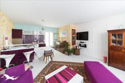 Vente maison Bordeaux • <span class='offer-area-number'>105</span> m² environ • <span class='offer-rooms-number'>5</span> pièces