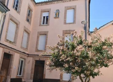 Vente maison Molieres • <span class='offer-area-number'>390</span> m² environ • <span class='offer-rooms-number'>10</span> pièces