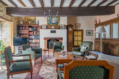 Vente maison Segre • <span class='offer-area-number'>210</span> m² environ • <span class='offer-rooms-number'>8</span> pièces