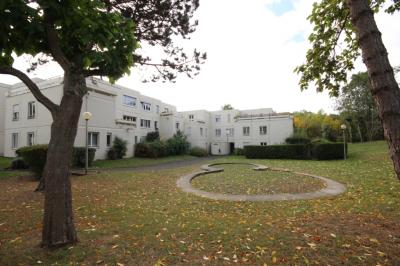 Vente appartement Trappes • <span class='offer-area-number'>90</span> m² environ • <span class='offer-rooms-number'>5</span> pièces
