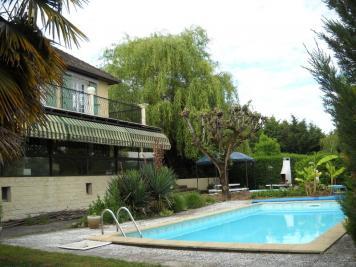 Vente maison Premilhat • <span class='offer-area-number'>190</span> m² environ • <span class='offer-rooms-number'>14</span> pièces