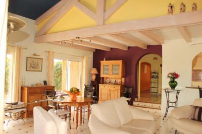 Vente maison Marseillan • <span class='offer-area-number'>230</span> m² environ • <span class='offer-rooms-number'>8</span> pièces