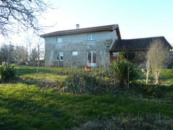 Vente maison Oradour Fanais • <span class='offer-area-number'>110</span> m² environ • <span class='offer-rooms-number'>6</span> pièces
