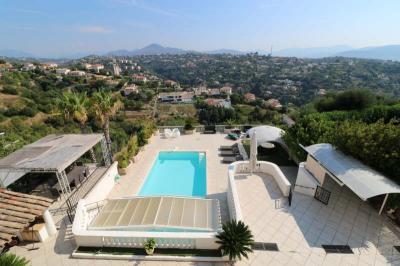 Vente villa Nice • <span class='offer-area-number'>366</span> m² environ • <span class='offer-rooms-number'>13</span> pièces