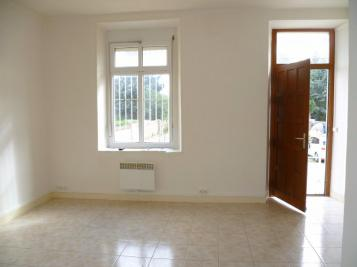 Location appartement Voves • <span class='offer-area-number'>38</span> m² environ • <span class='offer-rooms-number'>2</span> pièces