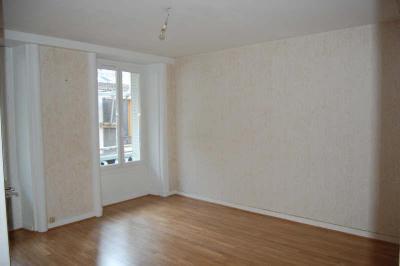 Appartement Sancerre • <span class='offer-area-number'>44</span> m² environ • <span class='offer-rooms-number'>2</span> pièces