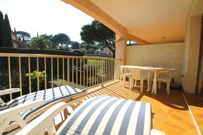 Appartement Ste Maxime &bull; <span class='offer-area-number'>31</span> m² environ &bull; <span class='offer-rooms-number'>2</span> pièces