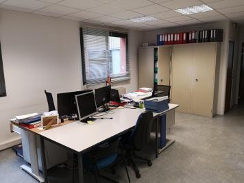 Location bureau L Union • <span class='offer-area-number'>176</span> m² environ
