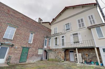 Vente immeuble Maurecourt • <span class='offer-area-number'>263</span> m² environ • <span class='offer-rooms-number'>8</span> pièces