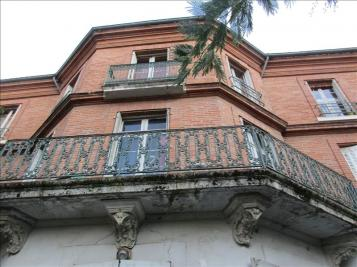 Vente propriété Montauban • <span class='offer-area-number'>438</span> m² environ • <span class='offer-rooms-number'>15</span> pièces