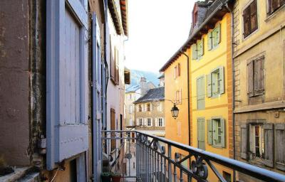 Vente appartement Mende • <span class='offer-area-number'>67</span> m² environ • <span class='offer-rooms-number'>3</span> pièces