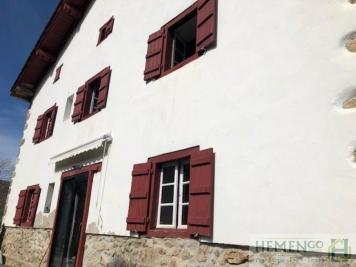 Vente villa St Jean Pied de Port • <span class='offer-area-number'>173</span> m² environ • <span class='offer-rooms-number'>10</span> pièces