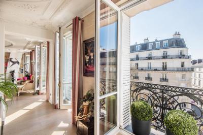 Vente appartement Paris 06 • <span class='offer-area-number'>147</span> m² environ • <span class='offer-rooms-number'>4</span> pièces