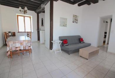 Appartement Le Mesnil St Denis • <span class='offer-area-number'>48</span> m² environ • <span class='offer-rooms-number'>2</span> pièces