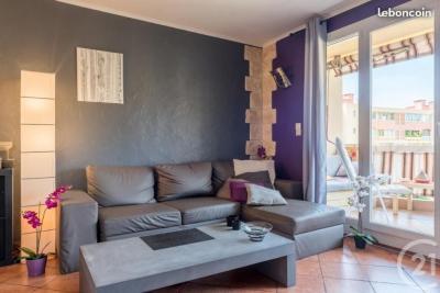 Appartement Toulon • <span class='offer-area-number'>80</span> m² environ • <span class='offer-rooms-number'>4</span> pièces