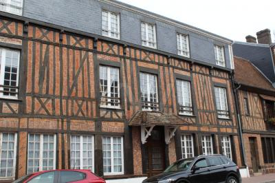 Vente appartement Forges les Eaux • <span class='offer-area-number'>52</span> m² environ • <span class='offer-rooms-number'>2</span> pièces