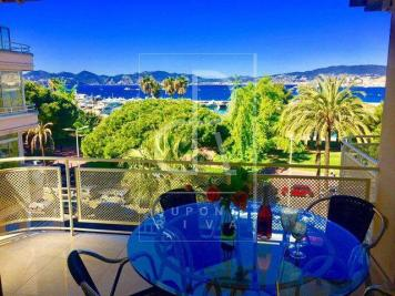 Vente appartement Cannes • <span class='offer-area-number'>95</span> m² environ • <span class='offer-rooms-number'>3</span> pièces