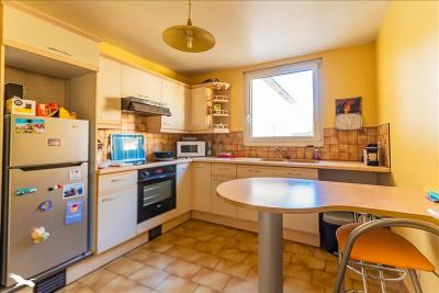 Vente appartement Marines • <span class='offer-area-number'>51</span> m² environ • <span class='offer-rooms-number'>3</span> pièces