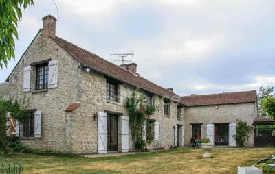 Achat propriété Greneville en Beauce • <span class='offer-area-number'>310</span> m² environ • <span class='offer-rooms-number'>7</span> pièces